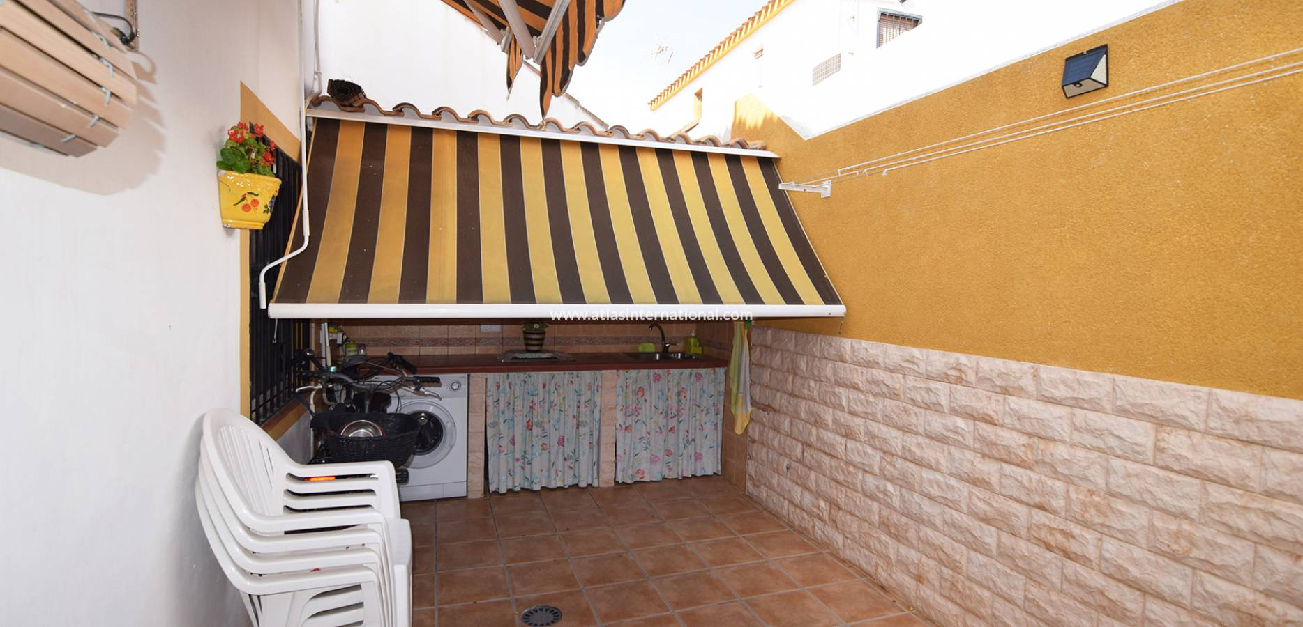 Resale - Semi-Detached Villa - La Torre de la Horadada